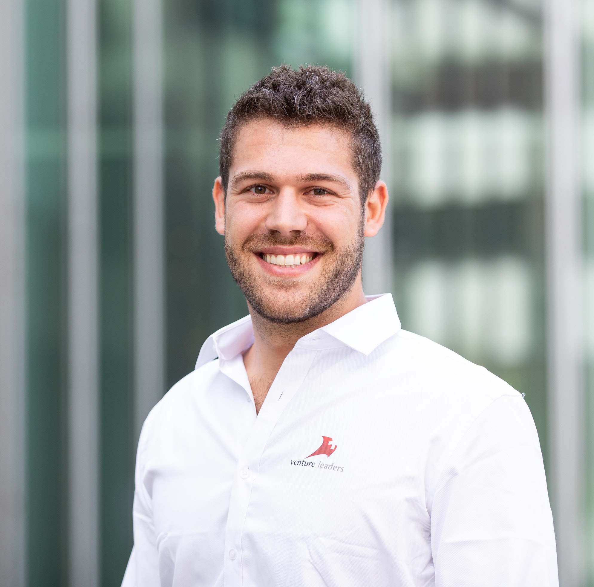 Meet Kemiex COO Oriol Saludes and find out how he travels to Spain by opening the fridge